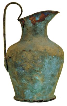 Oinochoe in bronzo della collezione Faina di Orvieto